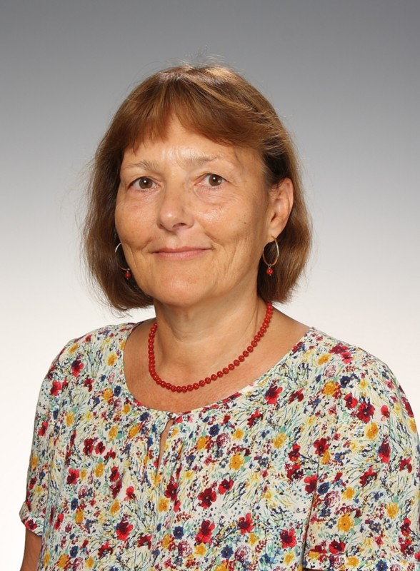 Lehrende brg9 erich fried realgymnasium for Christine kolar